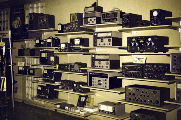 Image Result For A Electronic Store